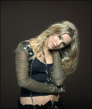 http://www.musicnotes.com/images/features/artists/joss_stone/joss_stone.jpg