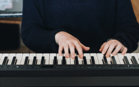 7-Things-Digital-Piano-Blog