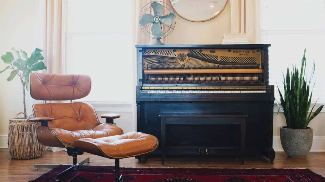 10 Ways to Decorate Around Your Piano \u2014 Musicnotes Now